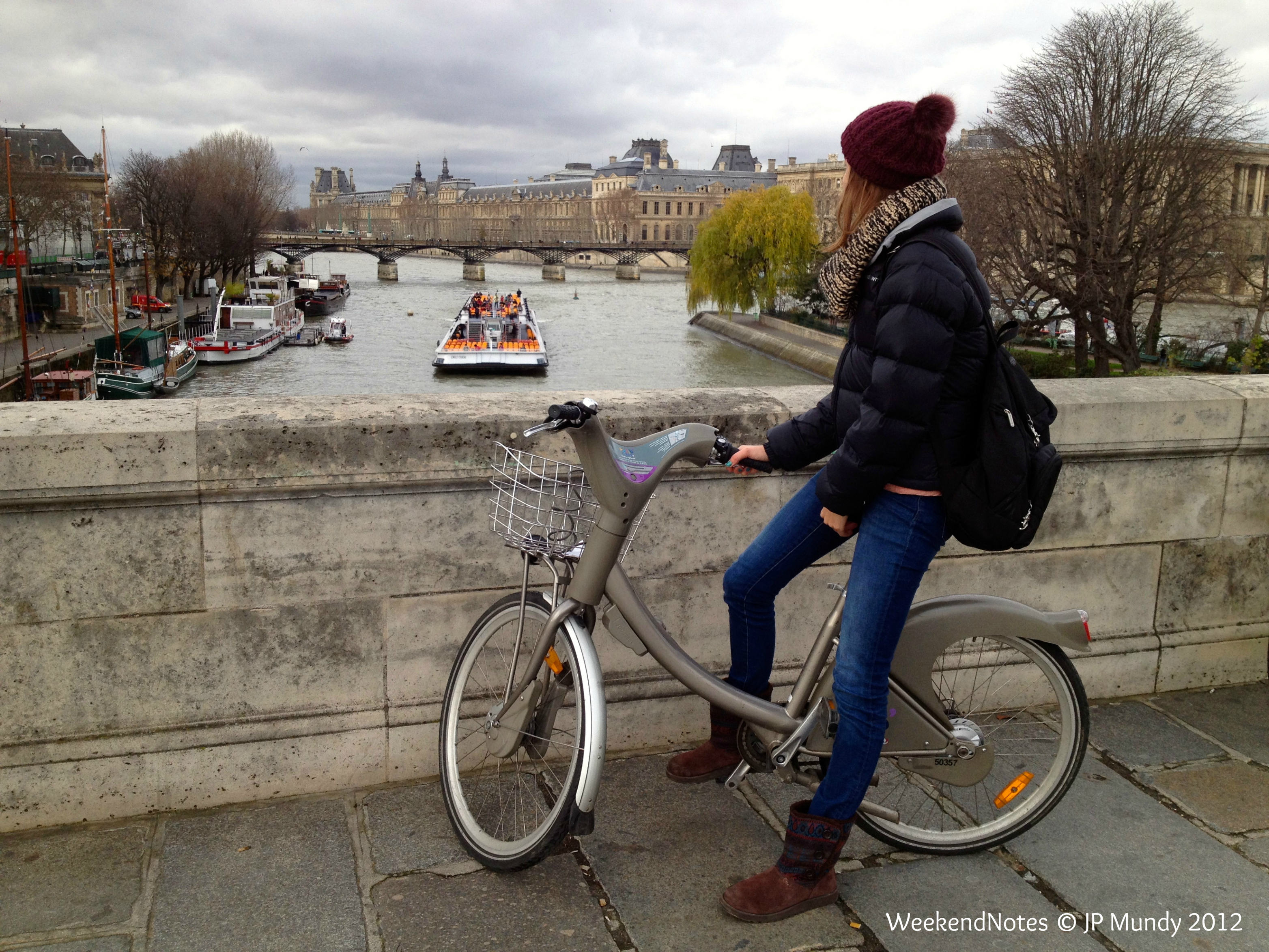 Non aux JO et au bétonnage ! Velib-cycling-in-paris-bicycle-seine-paris1